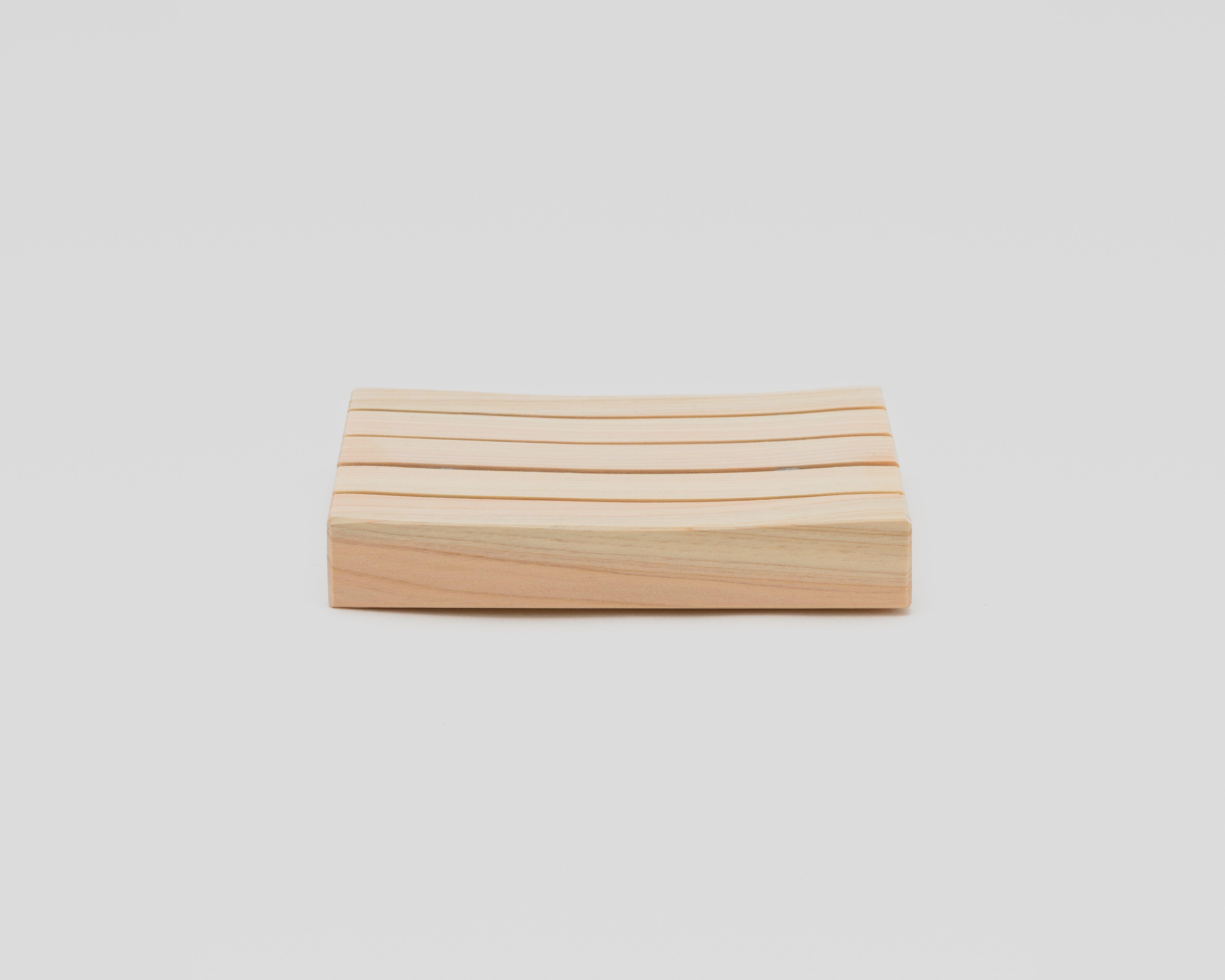 木曽の檜でつくったソープディッシュ03