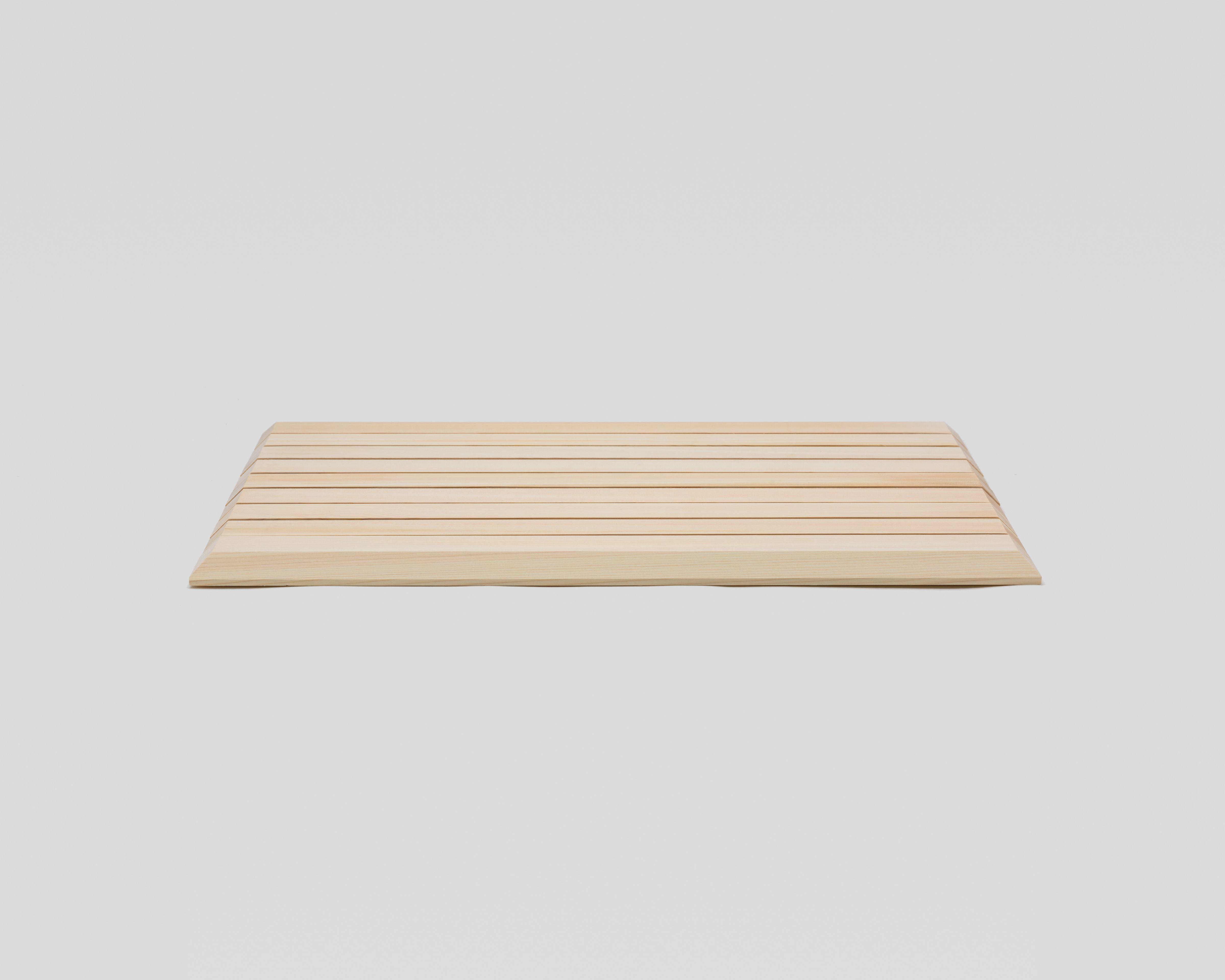 木曽の檜でつくったバスマット03