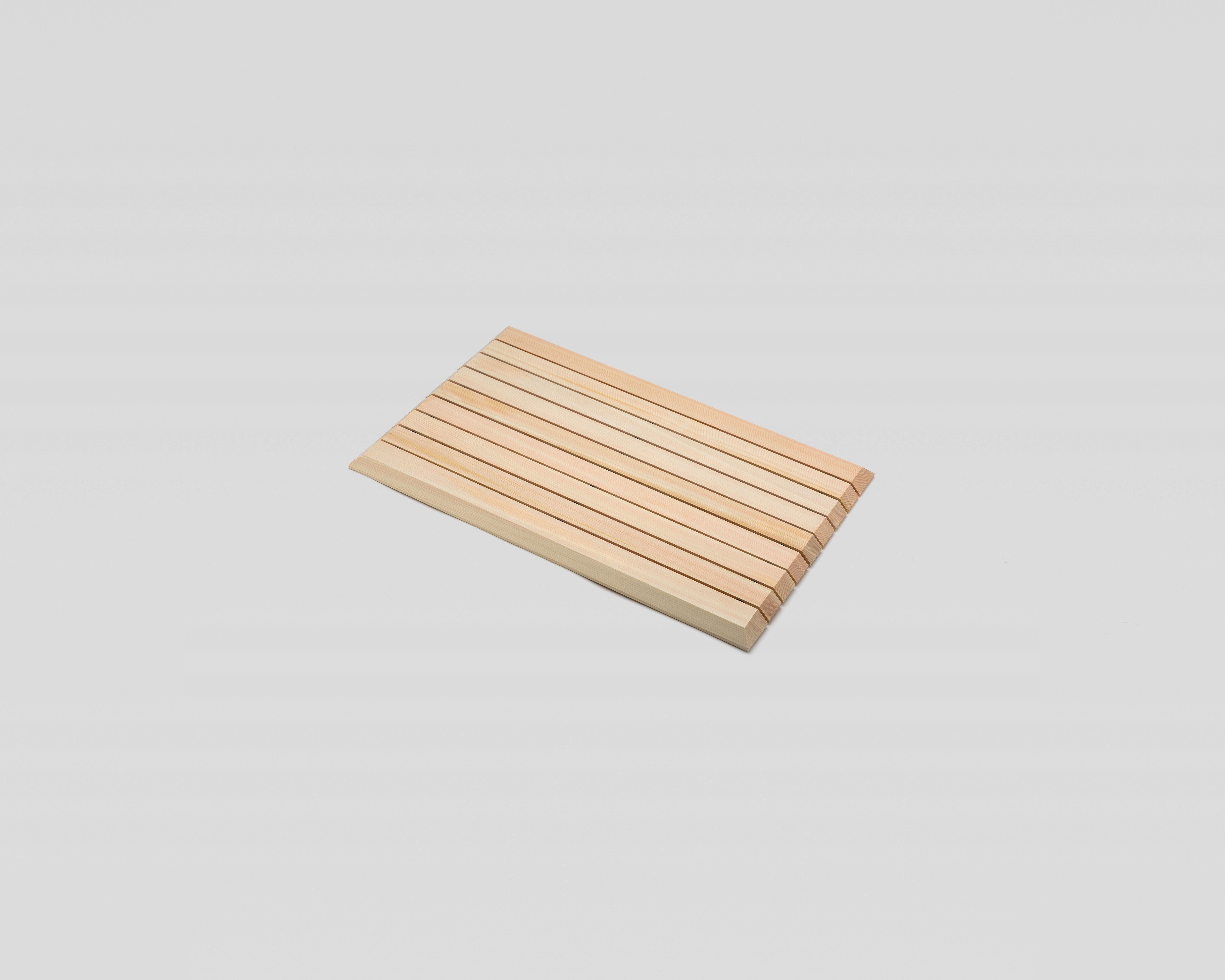 木曽の檜でつくったバスマット04