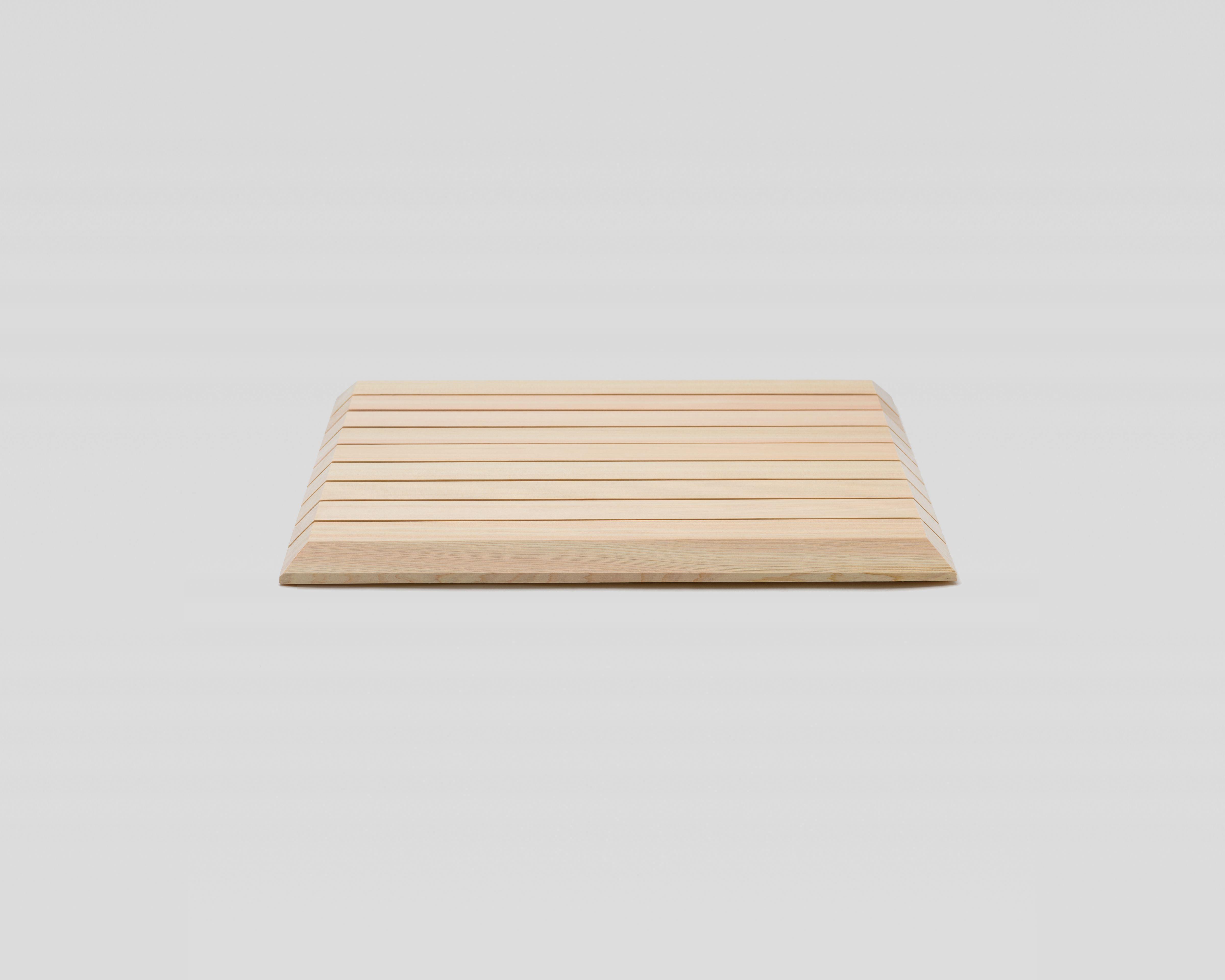 NEW木曽の檜でつくったバスマット(スクエア)03